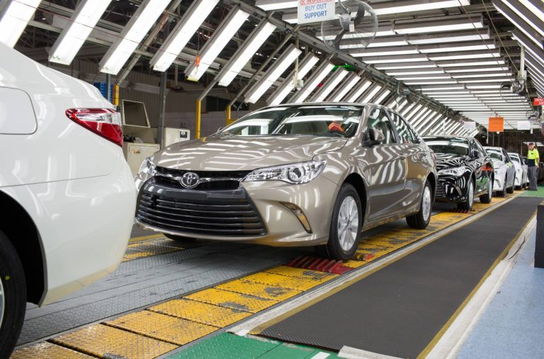 production-starts-for-toyotas-new-look-camry
